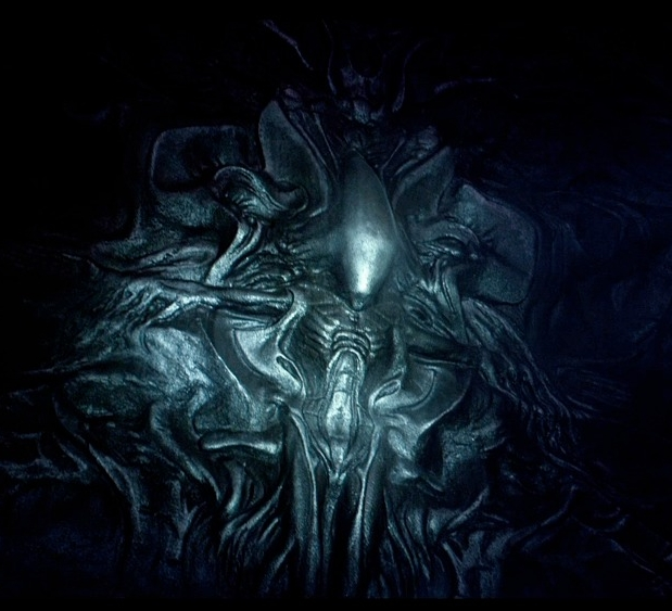 For Whom An Alien Heat Makes Festival, Part 5: PREDATORS ...Xenomorph Queen Prometheus